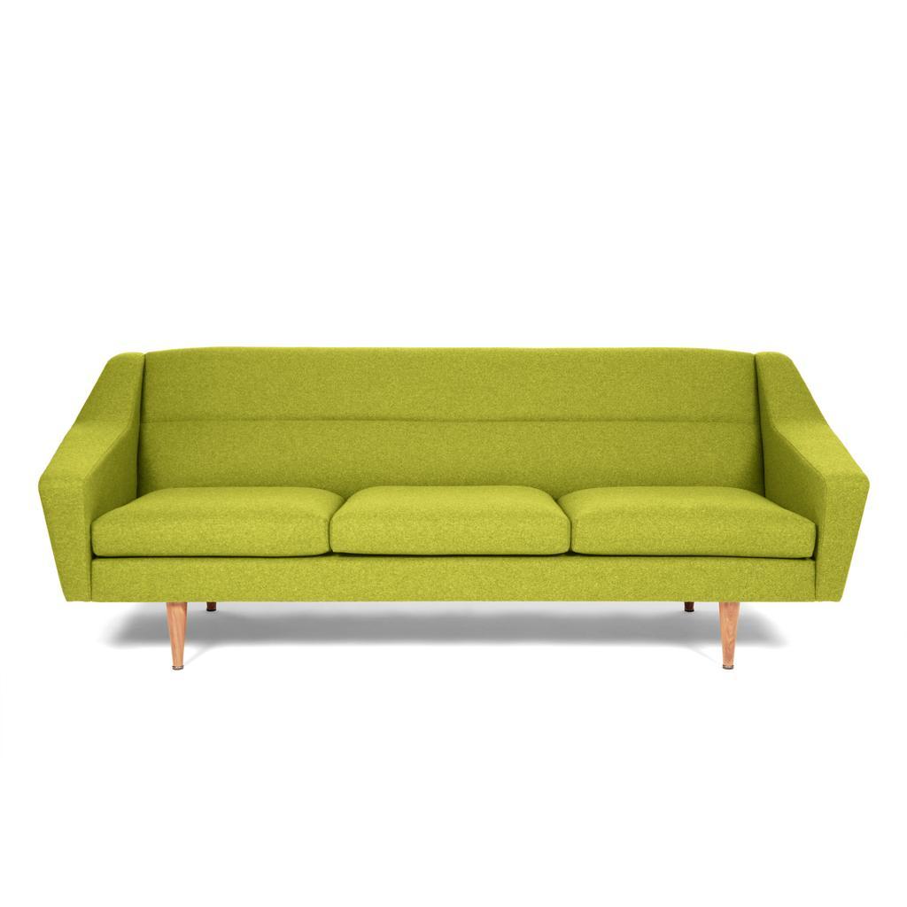 3 sitzer sofa im retro look. Black Bedroom Furniture Sets. Home Design Ideas