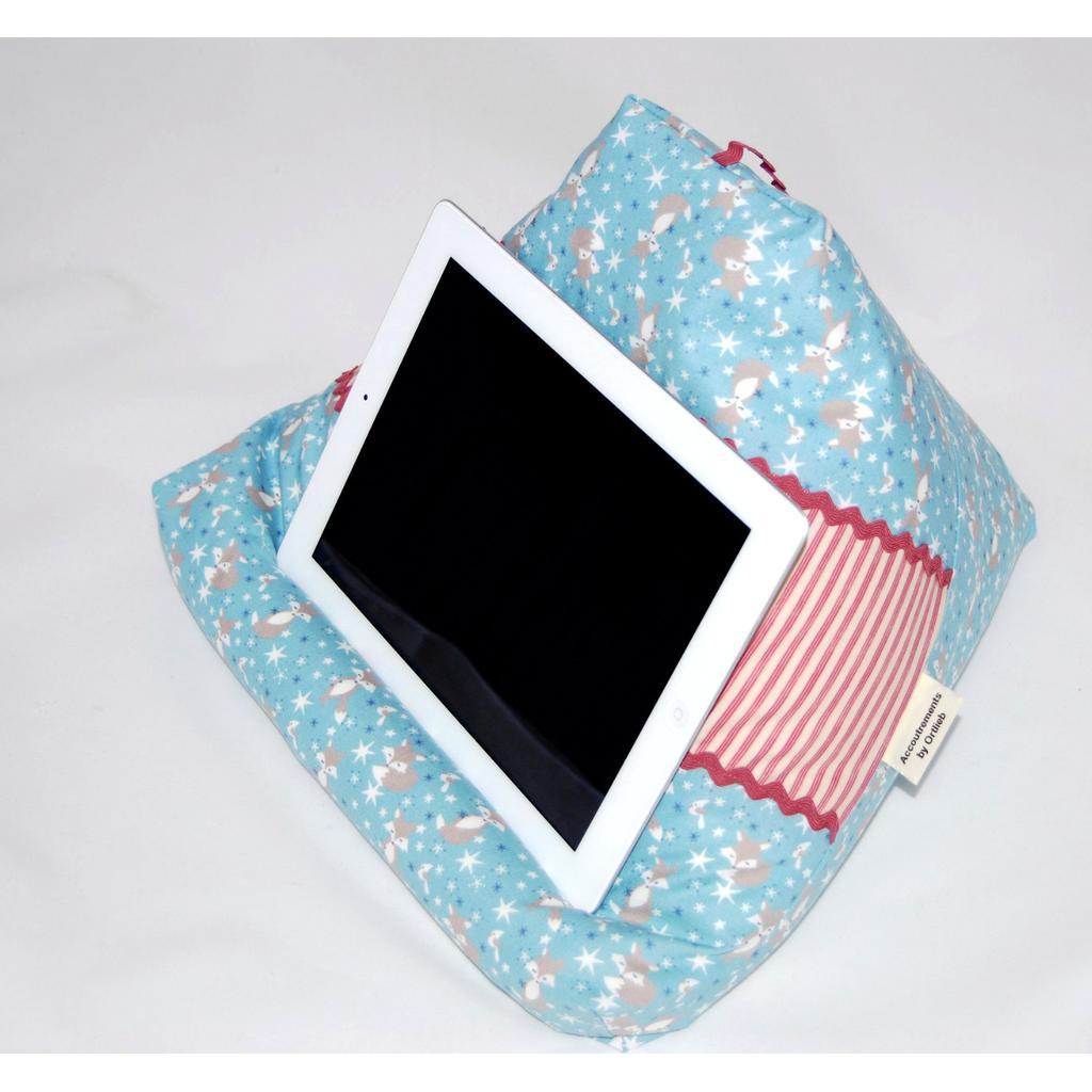Kissen Für Tablet accoutrementsortlieb tablet kissen, halter für tablet und buch