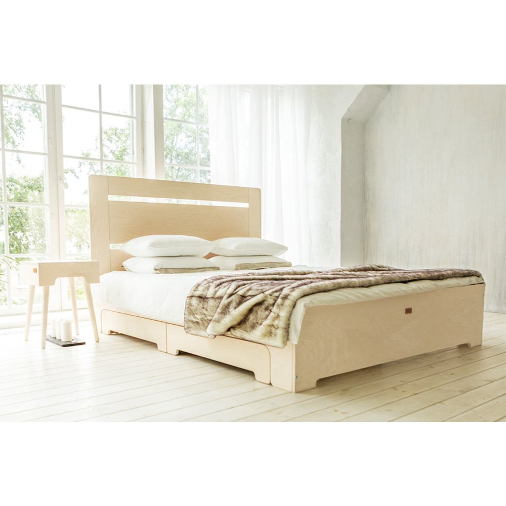 Bett tu l wei mit schubladen 140x200 cm for Massivholzbett 140x200 mit schubladen