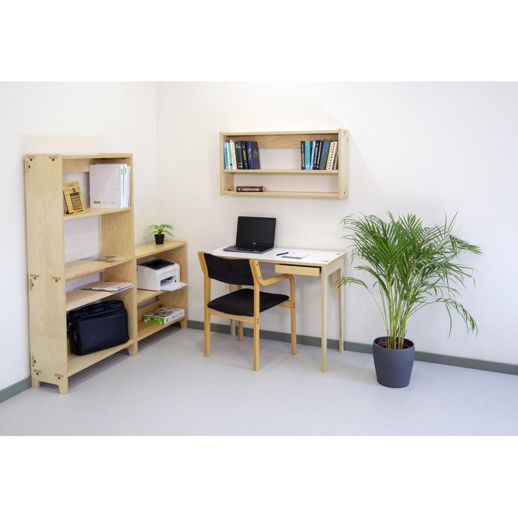 Kleiner Designer-Schreibtisch aus Holz