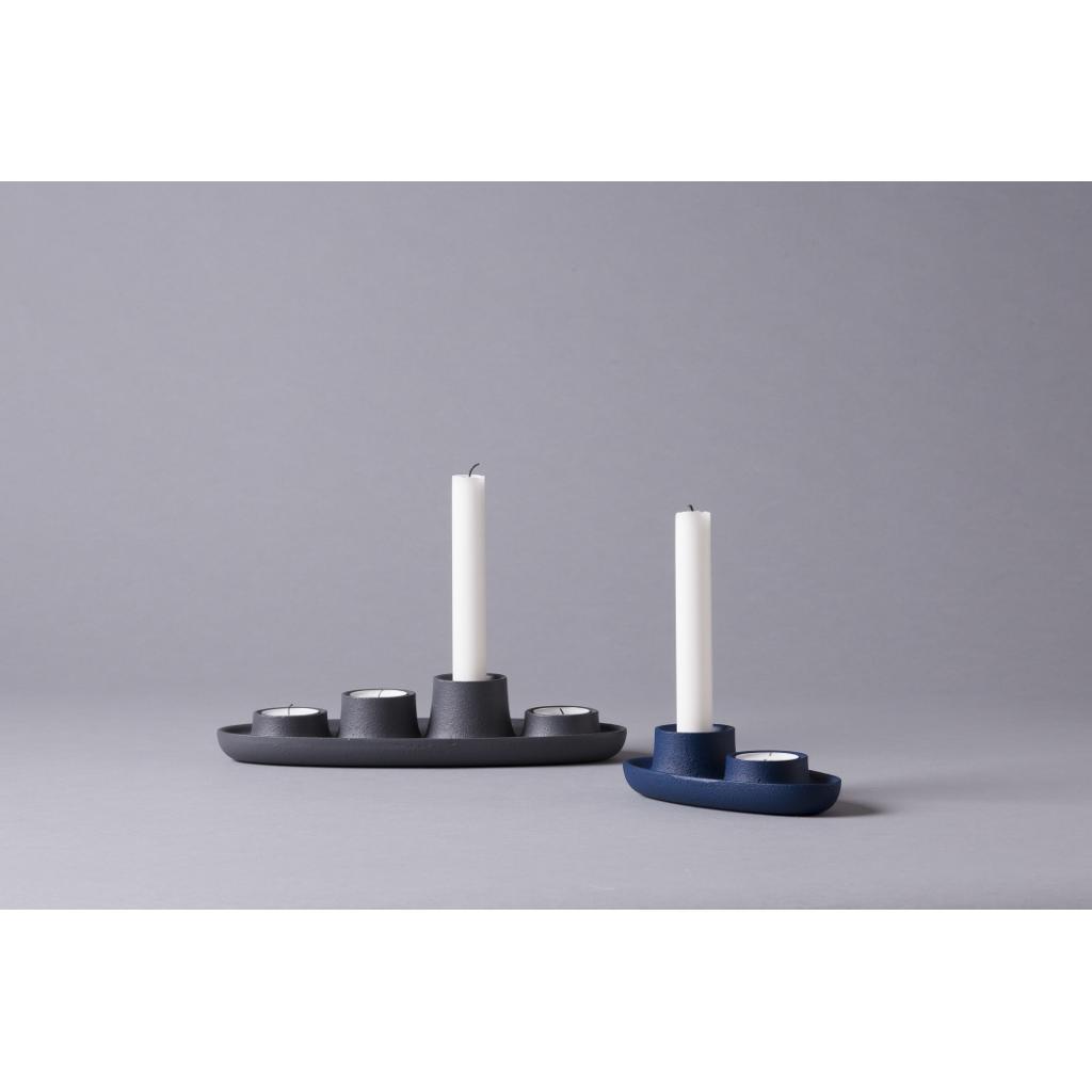 design kerzenhalter aus metall f r 2 kerzen. Black Bedroom Furniture Sets. Home Design Ideas