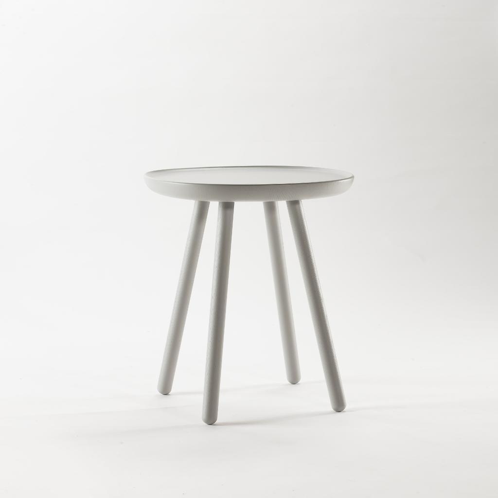 Beistelltisch aus holz grau emko for Beistelltisch design holz