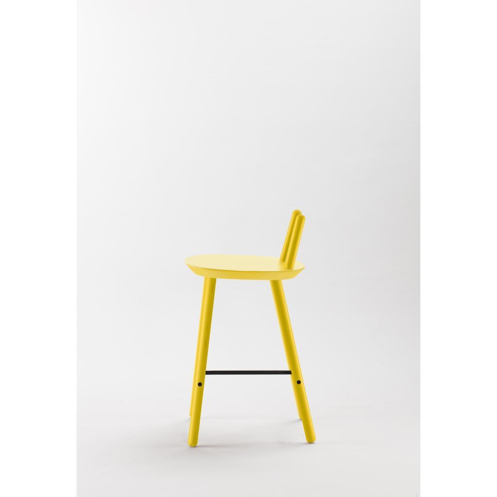 barhocker na ve mit r ckenlehne gelb. Black Bedroom Furniture Sets. Home Design Ideas