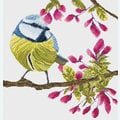 Bird in Flowerbuds 1 - borduurpakket met telpatroon Nafra