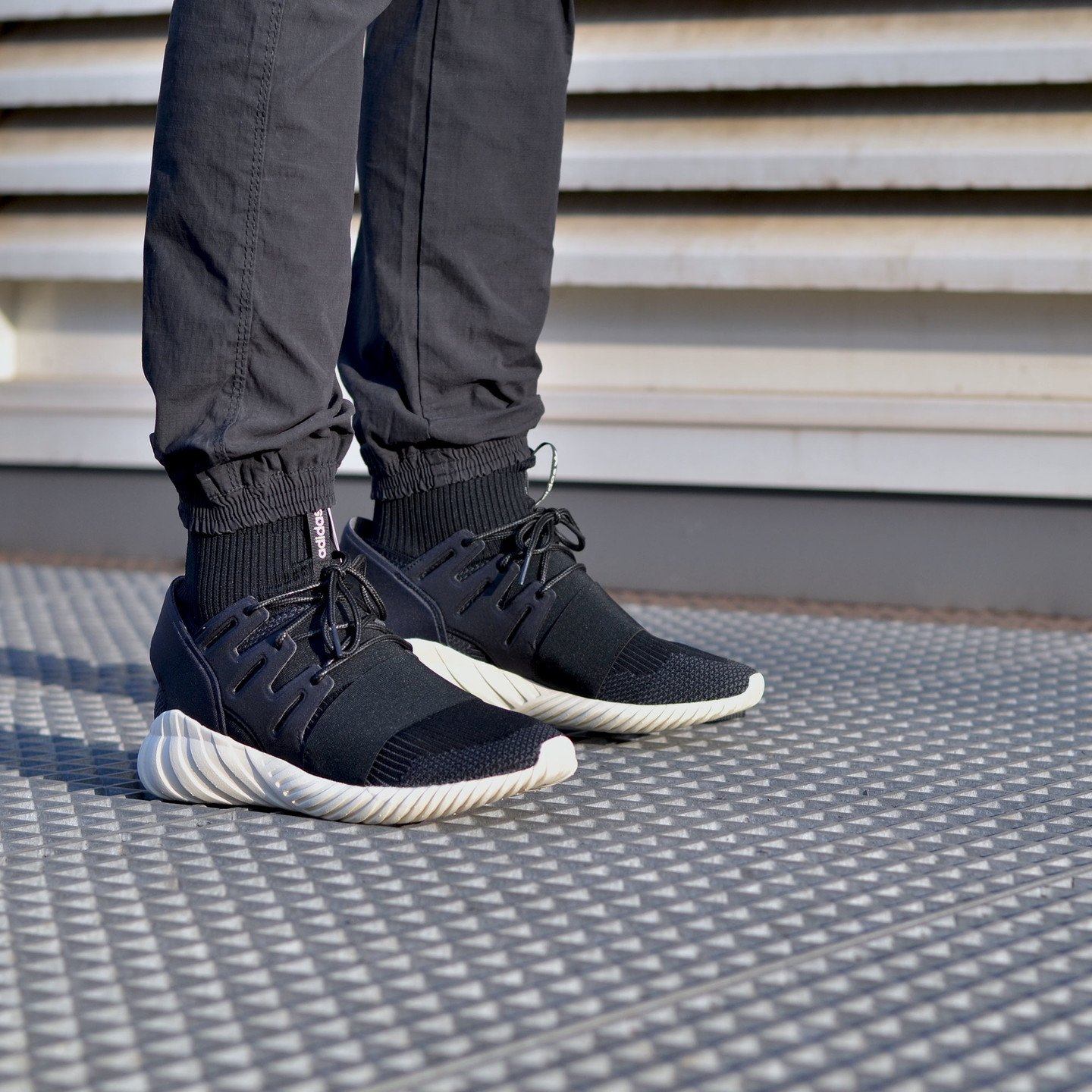 Adidas Tubular Doom Primeknit Black / Cream White S74921-46