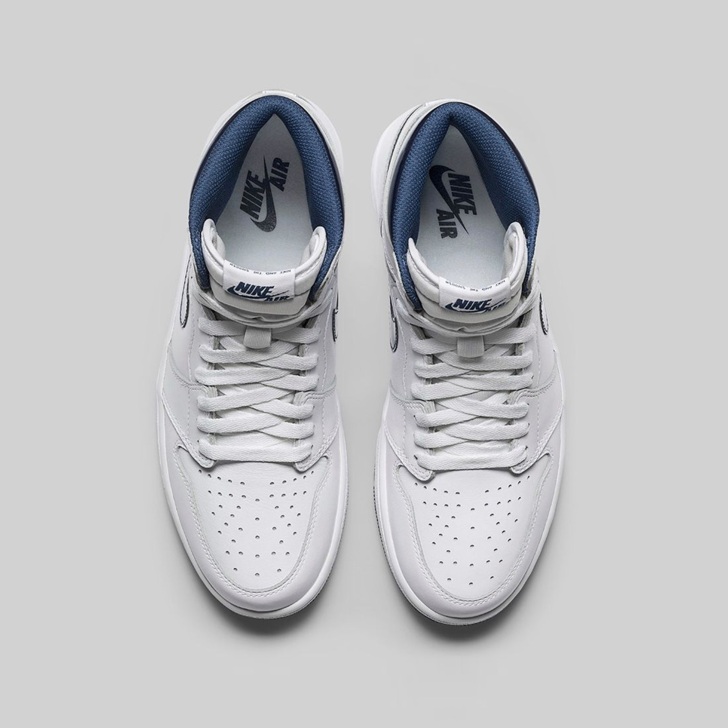 Jordan Air Jordan 1 Retro High OG 'Metallic Navy' White / Midnight Navy 555088-106-46