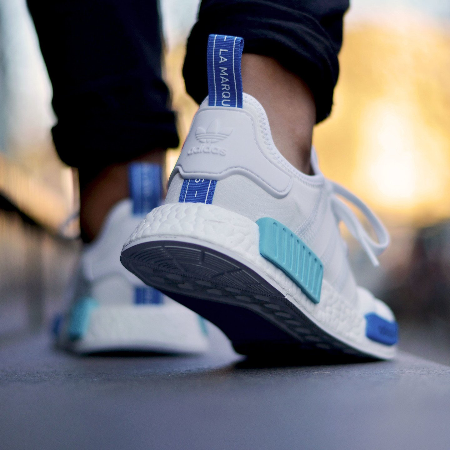 Adidas NMD R1 Runner W Ftwr White /  Blue Glow S75235-39.33