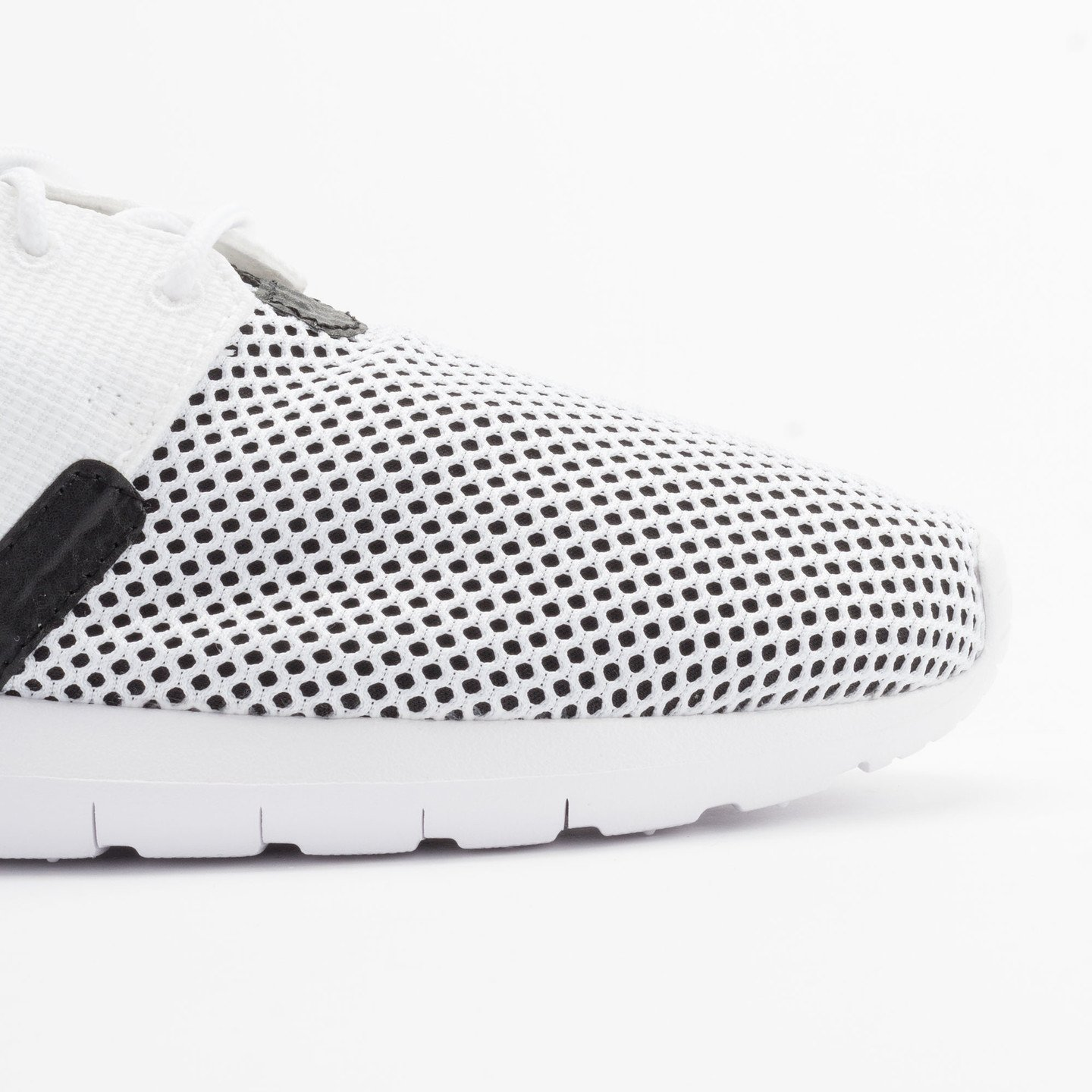 Nike Rosherun NM BR White/White-Black-Hot Lava 644425-100-43