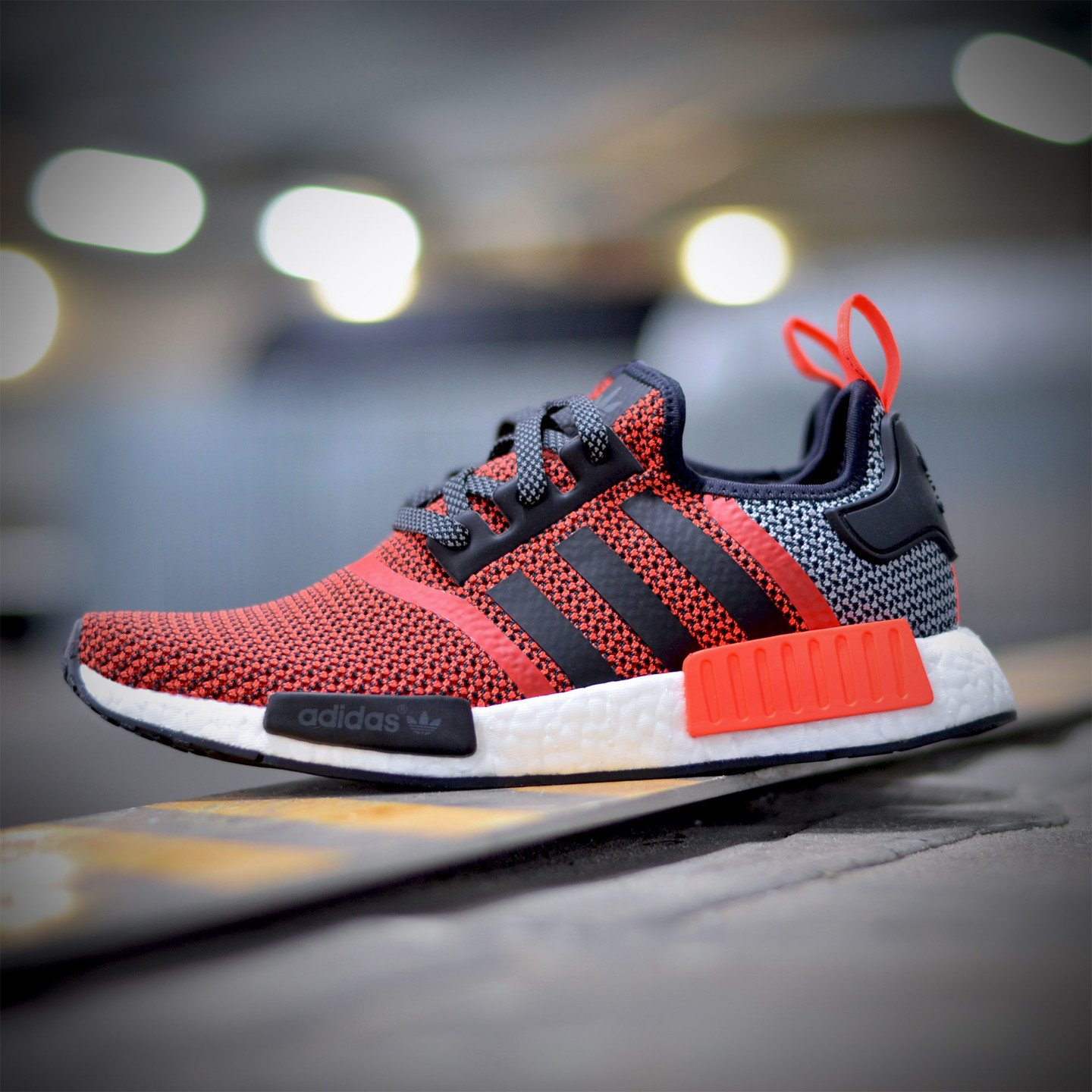 Adidas NMD R1 Runner Lush Red / Core Black S79158-40.66