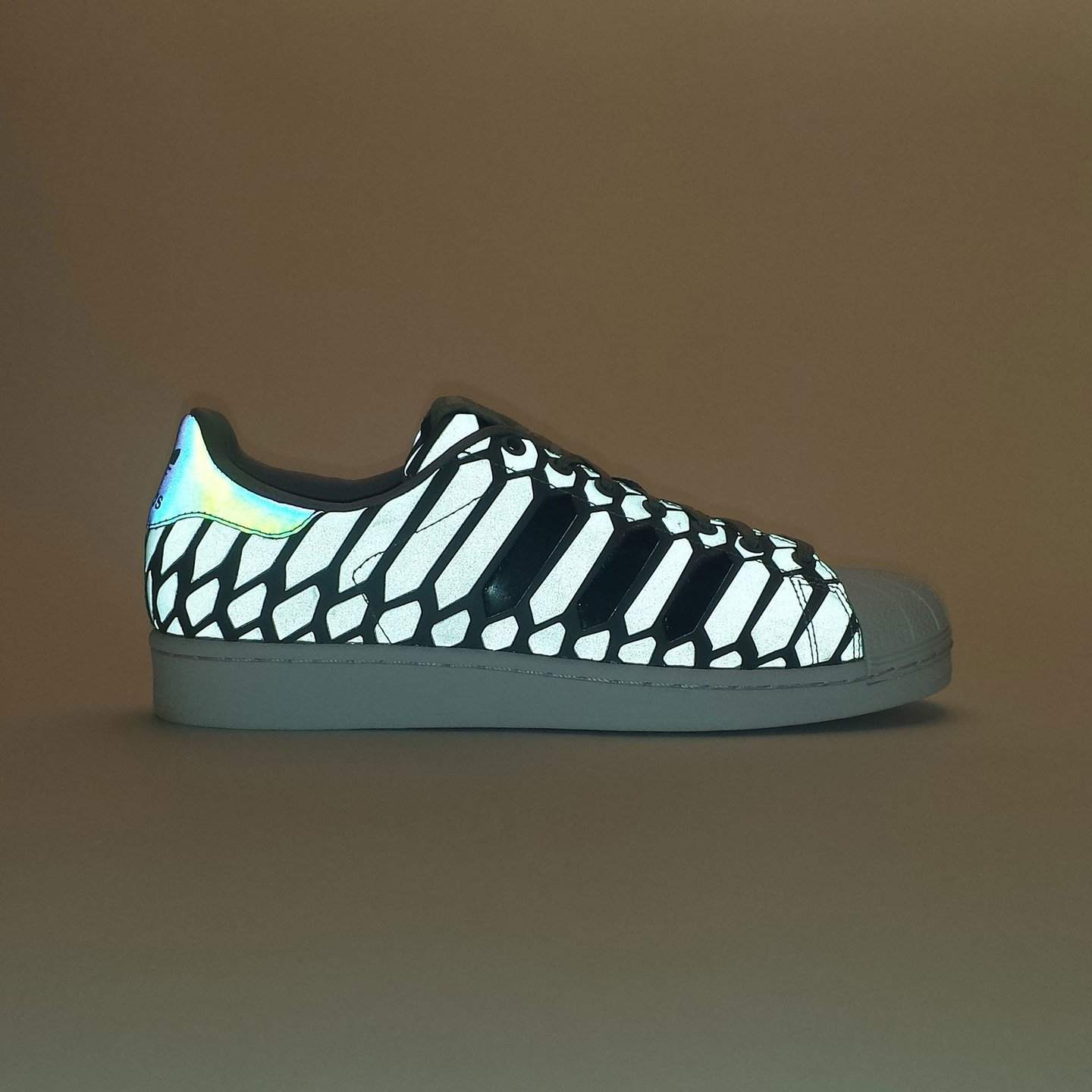 Adidas Superstar Xeno Pack Ltonix / Supcol / Ftwwht D69367-43.33