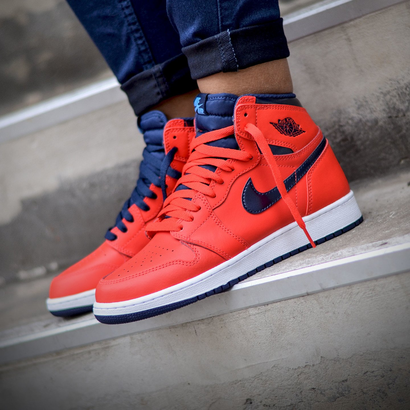 Nike Air Jordan 1 Retro High OG 'Letterman' Light Crimson / University Blue 555088-606-44