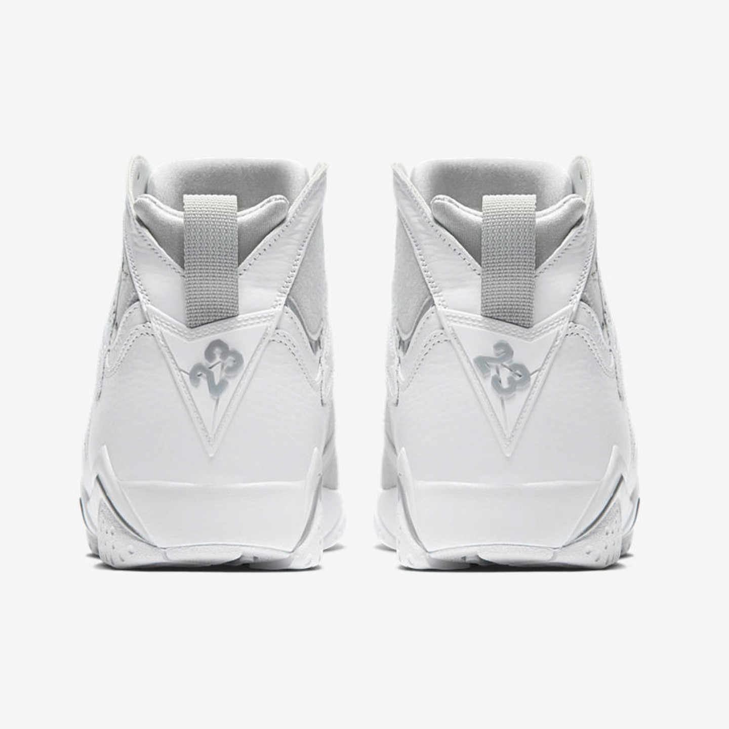 Jordan Air Jordan 7 Retro 'Pure Money' White / Metallic Silver 304775-120-45