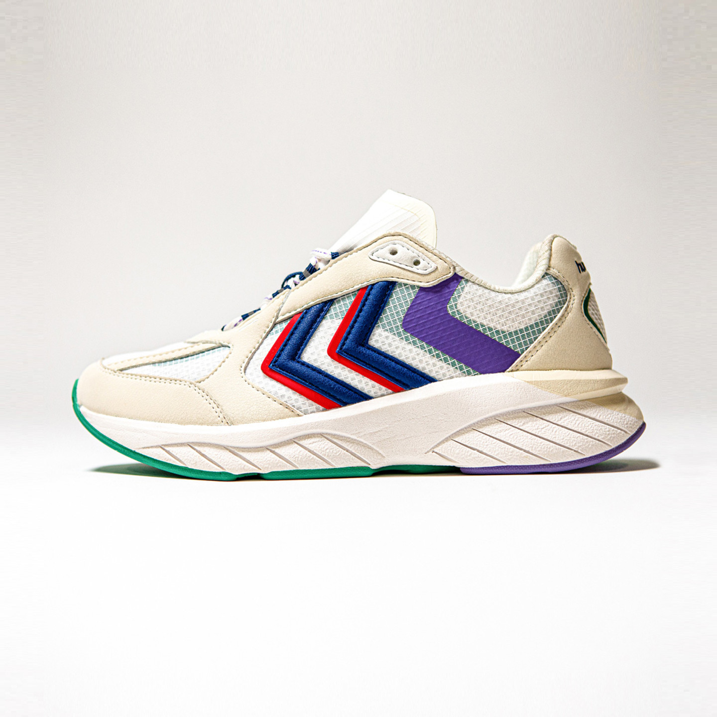 Hummel Reach LX 6000 Archive  Off White / Blue / Red 209011-9208