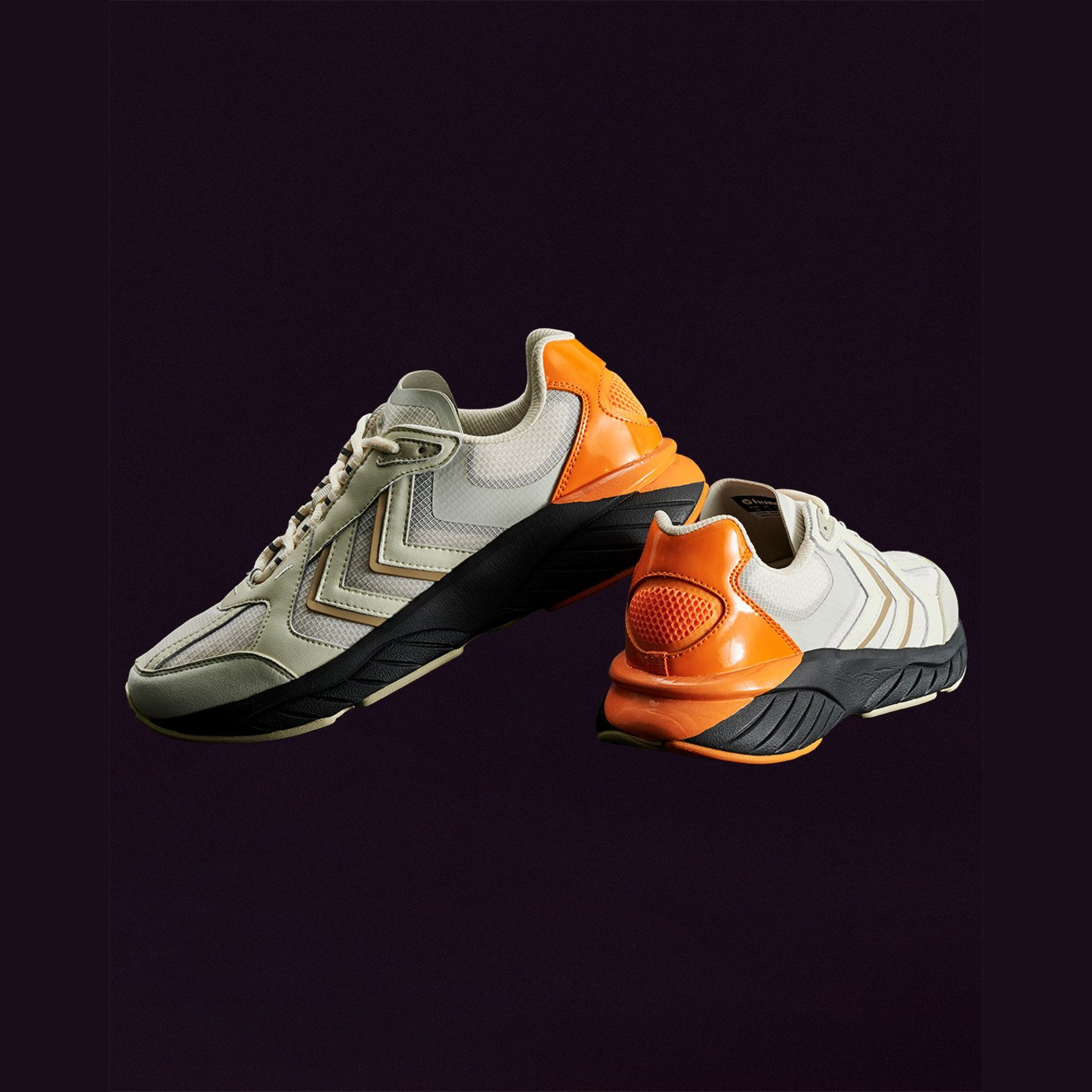 Hummel Reach LX 6000 x Astrid Andersen Bone White / Orange / Black 210981-9804
