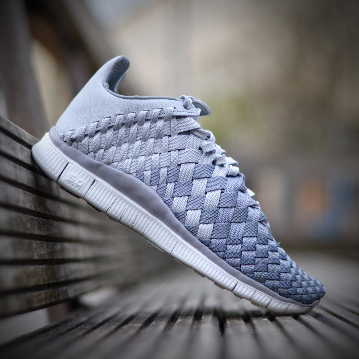 Nike Wmns Free Inneva Woven Pure Platinum / Wolf Grey 833803-001-38