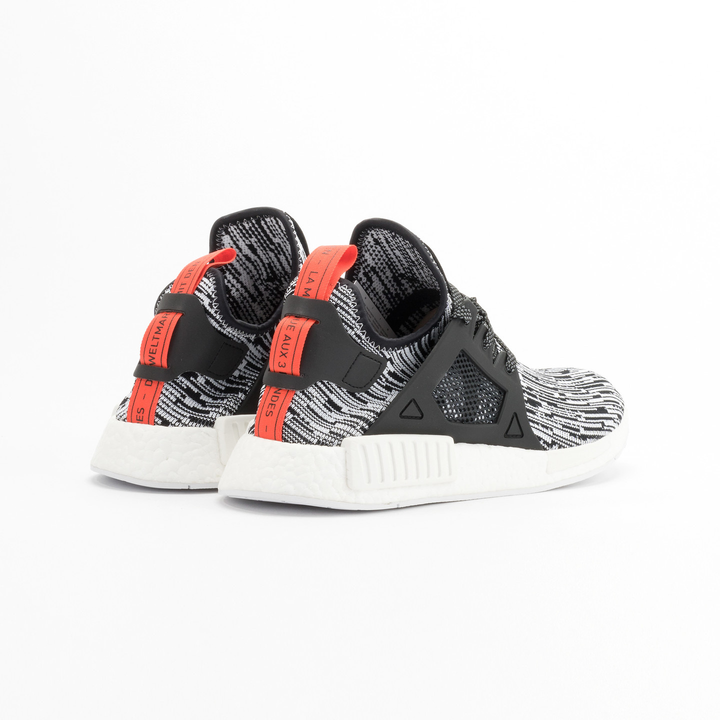 Adidas NMD XR1 Primeknit Running White / Core Black / Semi Solar Red S32216-44