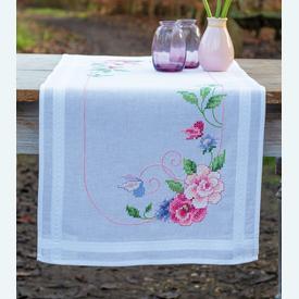 Flowers and Butterflies loper - voorgedrukt borduurpakket - Vervaco |  | Artikelnummer: vvc-167963