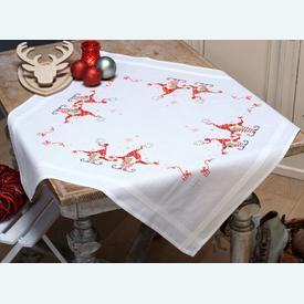 Singing Christmas Gnomes theenap - voorgedrukt borduurpakket - Vervaco |  | Artikelnummer: vvc-158016