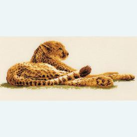 Leopard at Leasure - borduurpakket met telpatroon Vervaco |  | Artikelnummer: vvc-29021