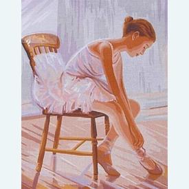 Ballerina - bundel van geschilderd stramien + borduurwol, te borduren in halve kruissteek |  | Artikelnummer: rp-142-418-bundel