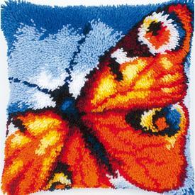 Peacock Butterfly - smyrna kussen Vervaco | Knoopkussen met vlinder | Artikelnummer: vvc-2560-3608