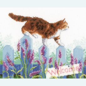 Cat Exploring the Garden - borduurpakket met telpatroon Vervaco |  | Artikelnummer: vvc-146502