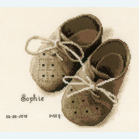 First Shoes - borduurpakket met telpatroon Vervaco |  | Artikelnummer: vvc-164620