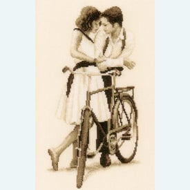Couple with Bicycle - kruissteekpakket met telpatroon Vervaco |  | Artikelnummer: vvc-156309
