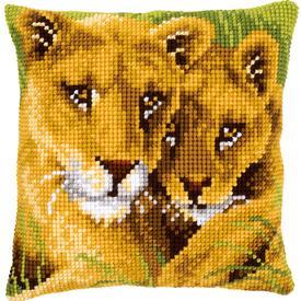 Lion with Cub - Vervaco Kruissteekkussen |  | Artikelnummer: vvc-145970