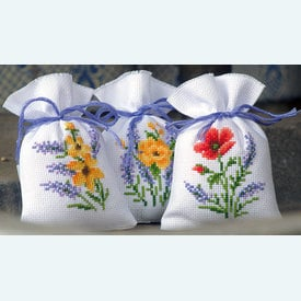 Assortiment kruidenzakjes - Flowers and Lavendar - Handwerkpakketjes met telpatroon Vervaco |  | Artikelnummer: vvc-165143