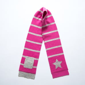 Scarf with Star and Pocket | 100% Cashmere, Colour: Pink | Code: 0715AS010132XXX