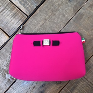 TRAVEL POUCH MEDIUM | PINK | Artikelnummer: SAVE22