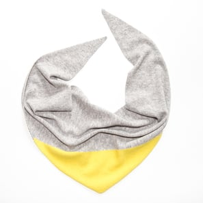 Triangle Scarf with Colour Block | 100% Cashmere, Colour: Light Grey Mélange with Lemon Yellow | Code: 0117AS120111XXX