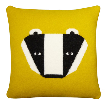 Badger Cushion - Waschbär Kissen von Donna Wilson |  | Artikelnummer: BadgerCushion