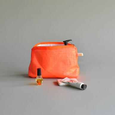 Magic Pouch (Neon Orange) von kolor | 15 x 22cm | Artikelnummer: 14.09