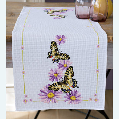 Butterflies and Purple Asters tafelloper -  borduurpakket met telpatroon Vervaco |  | Artikelnummer: vvc-153766