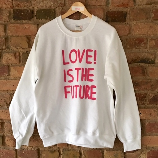 SWEATER | LOVE! IS THE FUTURE | Artikelnummer: SW12d