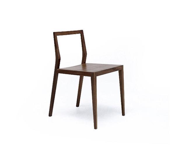 minimalistischer stuhl aus nussbaum ausstellungsst ck. Black Bedroom Furniture Sets. Home Design Ideas