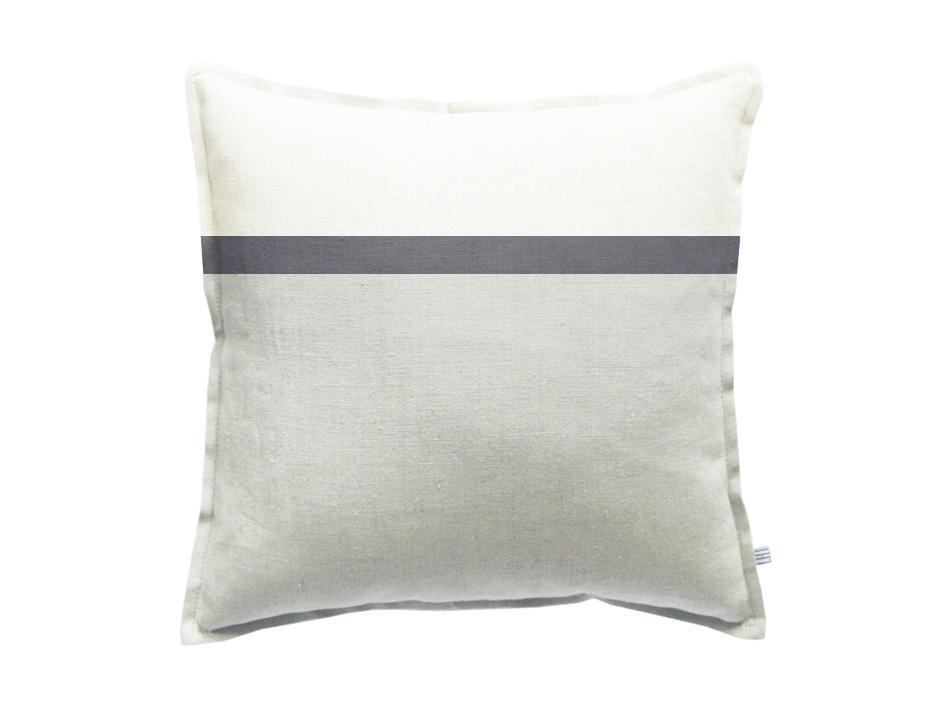 deko kissenh lle grau wei skandinavisches design. Black Bedroom Furniture Sets. Home Design Ideas