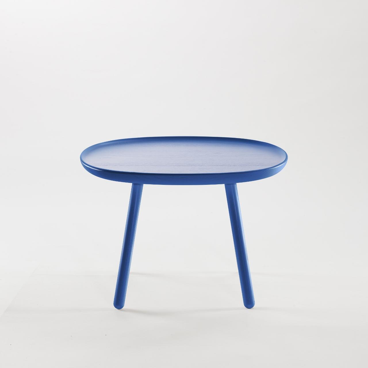 Runder beistelltisch aus holz blau emko for Beistelltisch c form